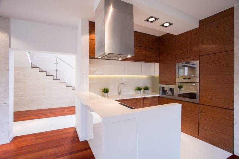 reforma cocina de madera en vivienda de valladolid