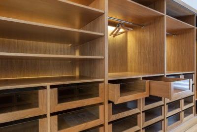 Reforma de vestidor en madera en valladolid