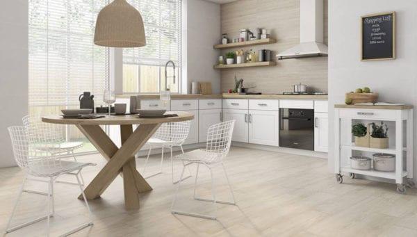 Olid Urbión reformas de cocina en Valladolid pavimento de cocina de madera